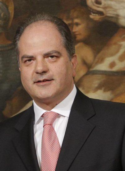 Il Neo Sottosegretario alle Politiche Agricole Giuseppe Castiglione a Palazzo Chigi durante il giuramento. Roma 03/05/2013. ANSA/GIUSEPPE LAMI
